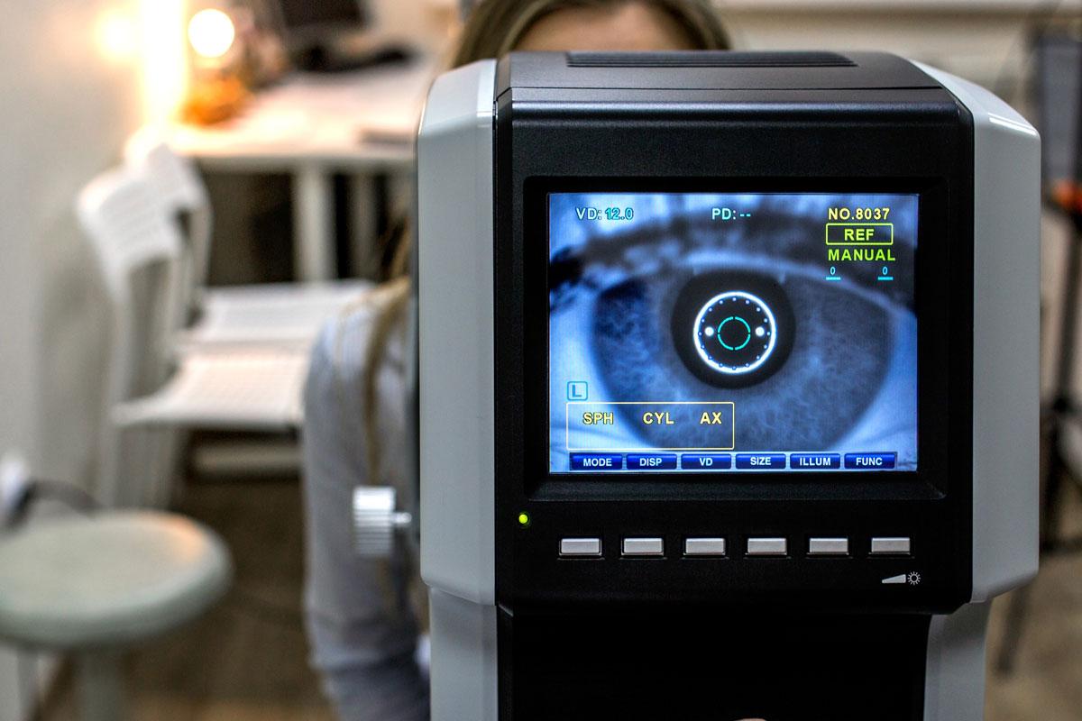 Sehtest Radebeul Augenarzt Praxis Brübach